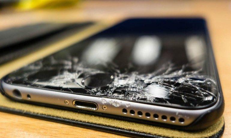 Quanto custa trocar a tela do celular?